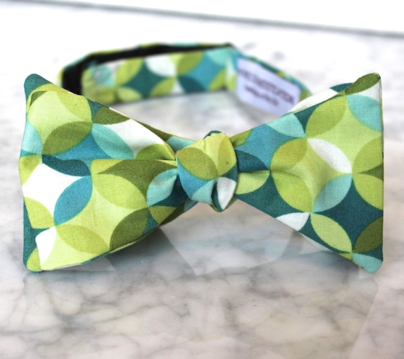Sea Glass Bow Tie - Groomsmen and wedding tie - clip on, pre-tied with strap or self tying