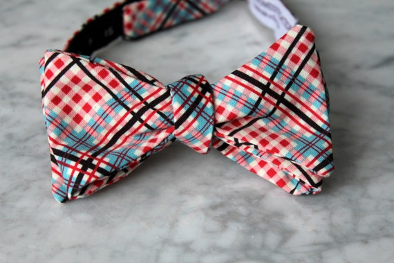 Men's Bow Tie in Red, Blue and Black Complex Plaid - Self tying, pre-tied adjustable strap or clip on - Groomsmen attire