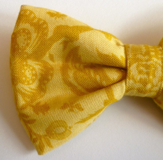 French Lace in Gold Men's Bow Tie - self tying, pre-tied adjustable strap or clip on