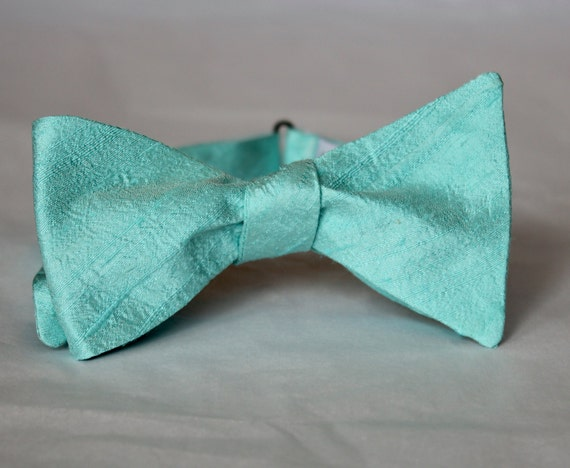 Aquamarine Green Silk Bow Tie for men or boys - Groomsmen and wedding tie - clip on, pre-tied with strap or self tying