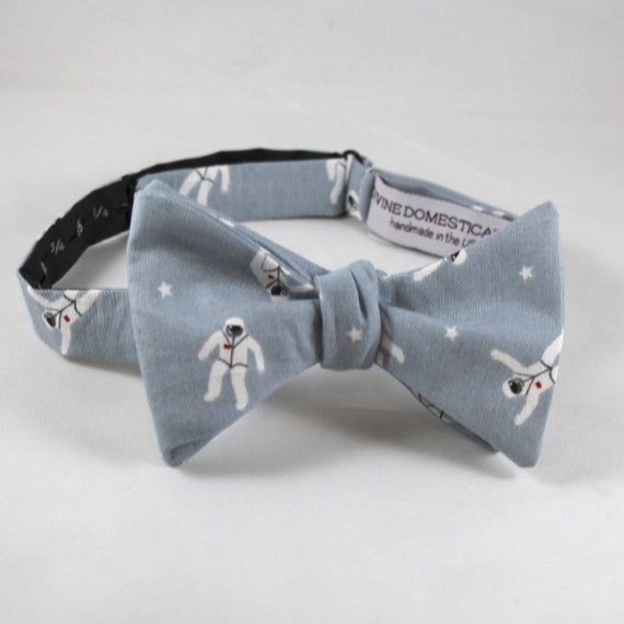 Astronaut Bow Tie in Gray  - Groomsmen and wedding tie - clip on, pre-tied with strap or self tying