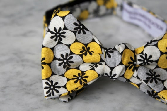 Bow Tie in Black, Gray and Yellow Flower Dot - Clip on, pre-tied adjustble strap or self tying