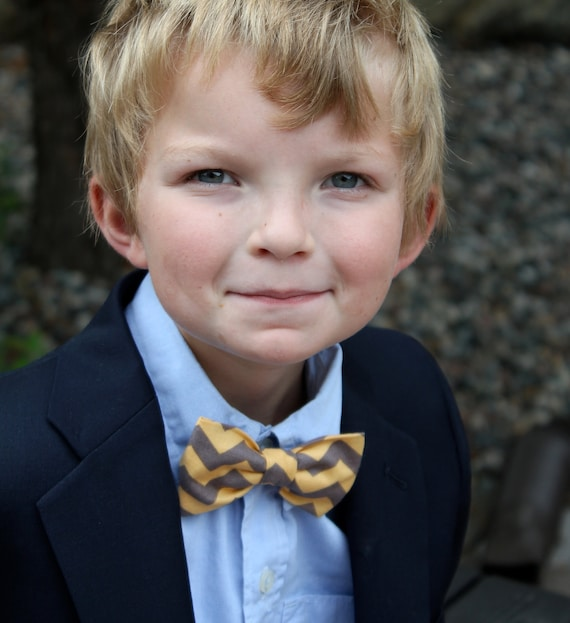 Ring Bearer bowtie in yellow and gray Chevron - clip on, pre-tied with strap and self tying