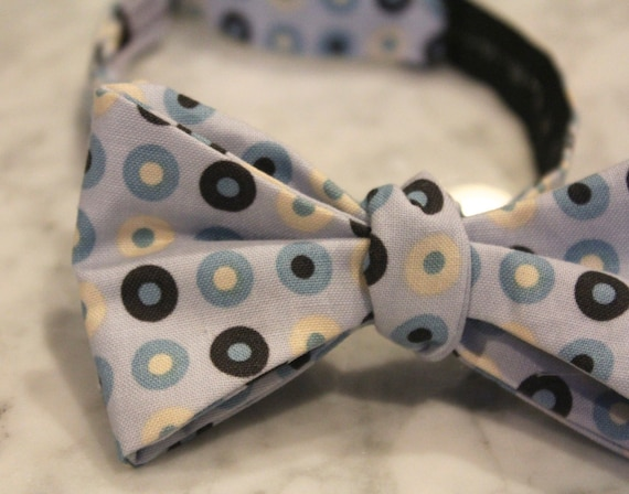 Bow Tie in Blue Button Dots - Groomsmen and wedding tie - clip on, pre-tied with strap or self tying