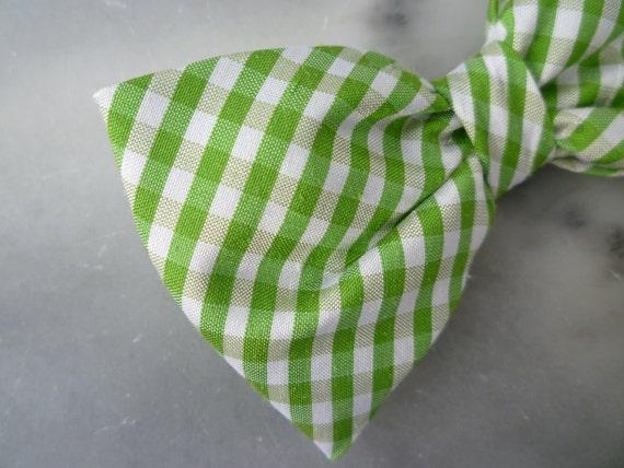 Green Silk Plaid Bow Tie for boys - Clip on