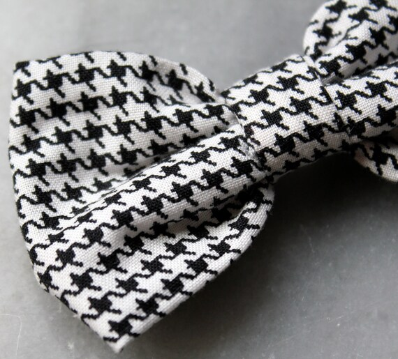 Black and white Houndstooth Bow Tie  - clip on, pre-tied adjustable strap or self tying / freestyle