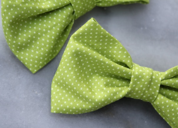Bow tie in Apple Green Pin Dots  - Clip on, pre-tied strap, self tying - wedding outfit, ring bearer attire, ring bearer set