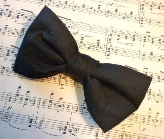 Black Bow Tie - Man's Clip On, pre- tied adjustable strap, self tying