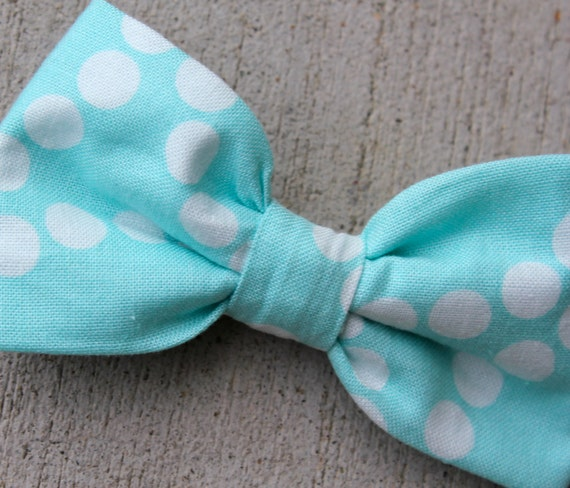 Boy's Turquoise Scatter Polka Dot Bow Tie - clip on