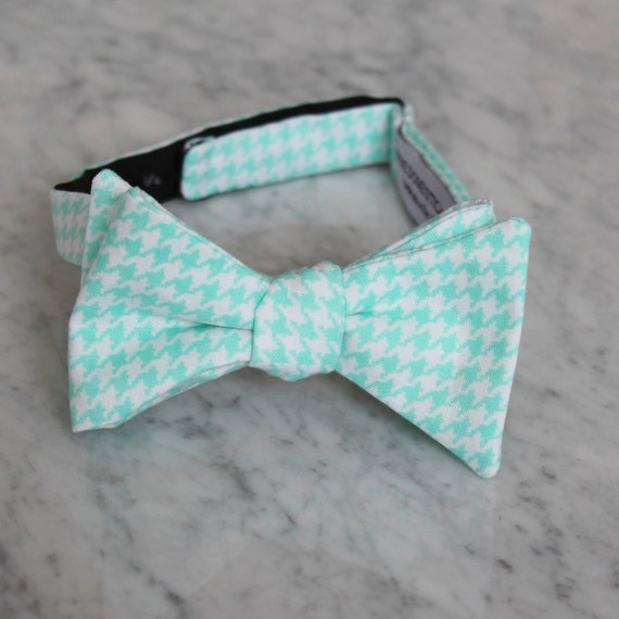 Bright Mint Green Houndstooth Bow Tie - Groomsmen and wedding tie - clip on, pre-tied with strap or self tying