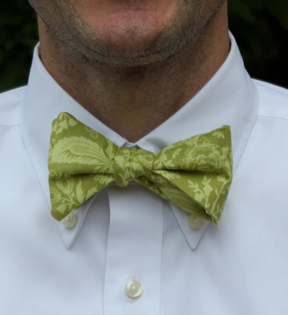 Bow Tie in Green French Lace - freestyle self tying, pre-tied with adjustable strap or clip on