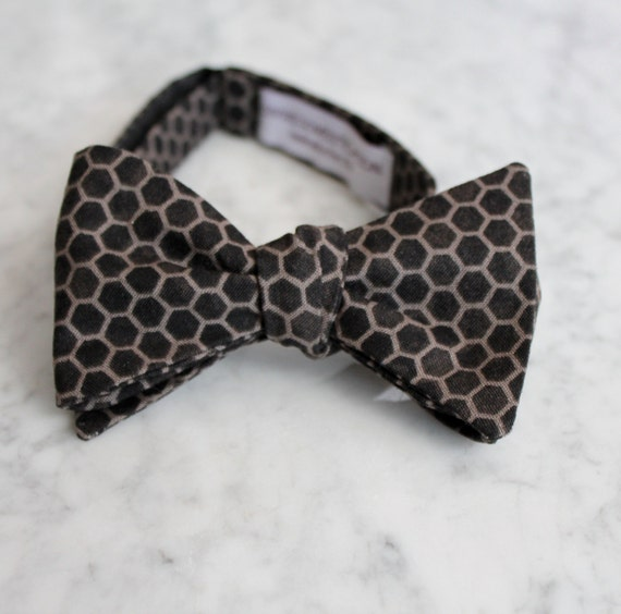 Bow Tie for Men in Charcoal Gray and Black Honeycomb - Clip on, adustable strap, or self tying - wedding neckties - ring bearer outfit