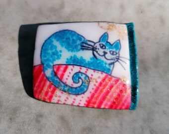 Blue Cat Brooch kitty pin handmade in polymer clay, gift for cat lovers, Christmas and Mothers day gift idea