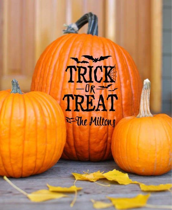 Custom Name Trick or Treat Bat Decal Set Pumpkin Vinyl Art Decals Seasonal Decoration Halloween Fall Decor