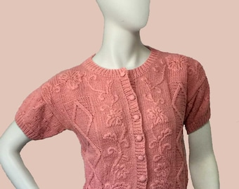 Vintage JG Hook Pink Knit Button-Front Short Sleeve Crop Sweater With Embroidered Front and Buttons Size Small