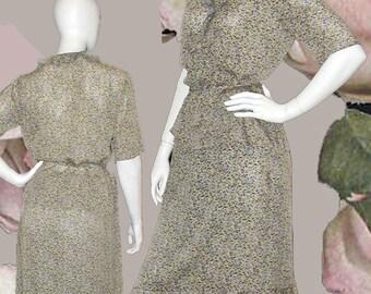11a36a2b8c Due per Due Bloomingdale s Silk Floral Crepe Georgette 2 Piece Dress - Size  8-10