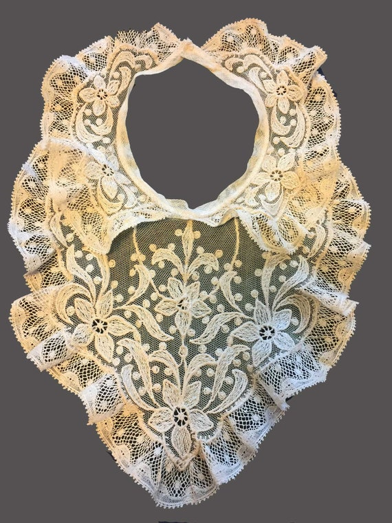 Beautiful Edwardian Embroidered Tulle Antique Lace