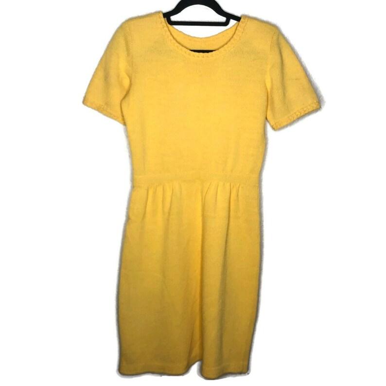Vintage Womens Yellow Knit Short Sleeve Midi Dress