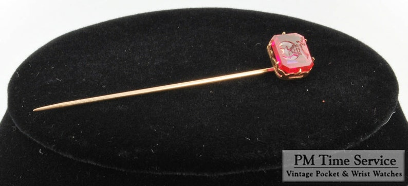 Vintage gold and ruby Shriners-themed stick pin image 0