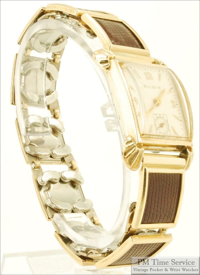 Bulova grade 8AC vintage wrist watch 17 jewels yellow gold image 0