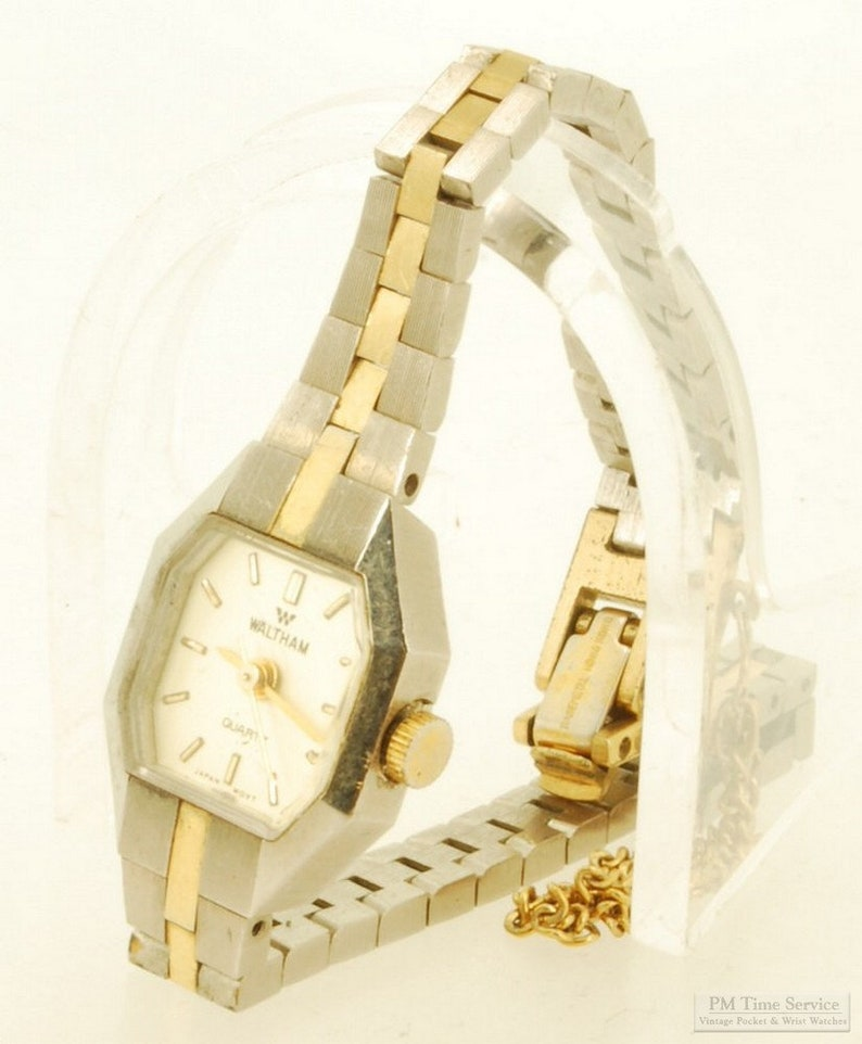 Waltham quartz ladies wrist watch heavy gold-toned & image 0