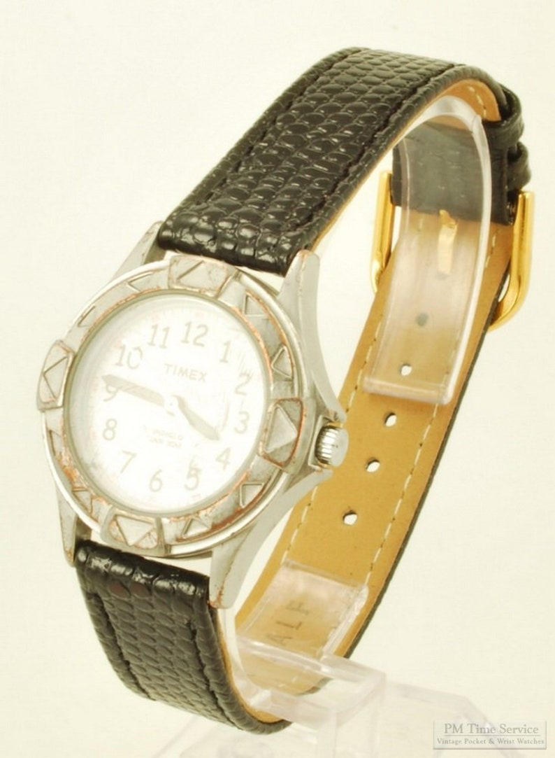 Timex quartz wrist watch heavy silver-toned & stainless steel image 0
