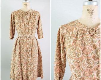 Vintage 1960s Dress / Spiral Shell Pattern / Cotton Day Dress / Small