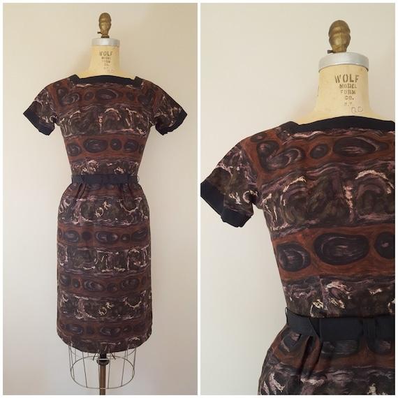 Vintage 1950s L'Aiglon Wiggle Dress / Brown Abstra