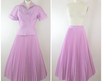 Vintage 1940s Skirt and Blouse Set / Purple / Cotton Pleated Skirt / Bow Blouse / XS