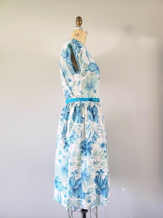Vintage 1960s Dress / Blue Floral Day Dress / Med… - image 6