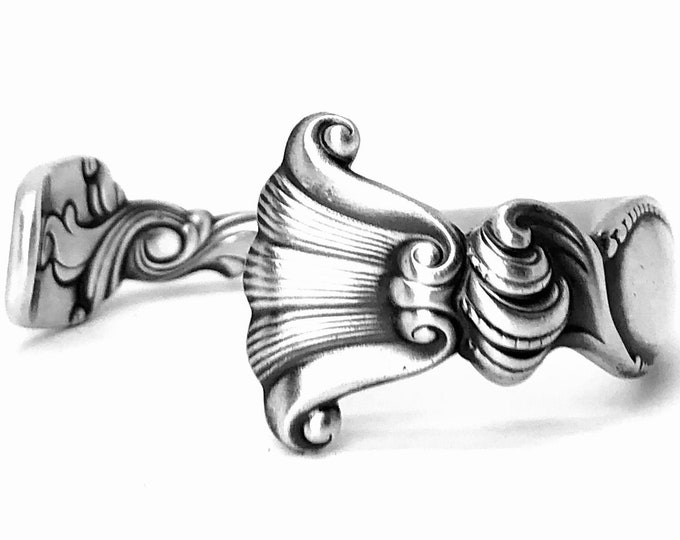 "Victorian Shell Cuff Bracelet, Sterling Silver Spoon Bracelet, Antique Wallace ""Romance of the Sea"" 1950 Cuff, Adjustable Size 4 5 6 (B7420)"