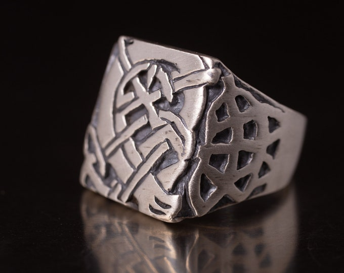 Vintage Celtic Knotwork Ring in Sterling Silver Celtic Knot Band Ring, Handmade 925 Ring Size 10, Gift for Him or Her, Brushed Silver, V7834