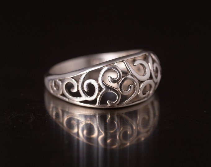 Vintage Filigree Ring, Pierced Sterling Silver Ring, Domed Band, Silver Swirl Ring, Gift For Her, Size 10 (V7833)