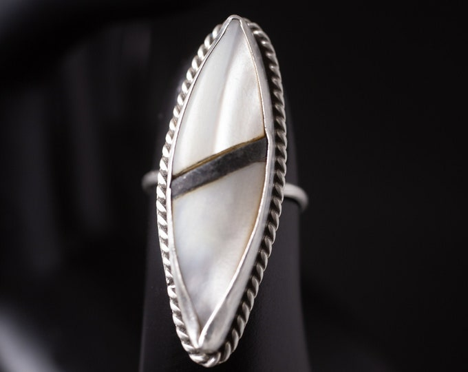 Vintage Mother Of Pearl Ring, Sterling Silver Ring, Large Marquise Stone, Southwestern Ring, Size 5.5, Gift For Mom, (V7830)