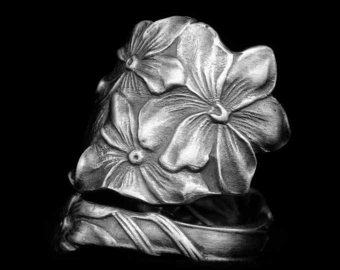 Hydrangea Flower Ring, Sterling Silver Spoon Ring, Botanical Ring, Handcrafted Gift for Her, Gardeners Gift, Custom Size 6 7 8 9 10 (8044)