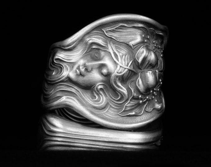 Rare Evangeline Goddess Ring, Antique Sterling Silver Fork Ring, Unger Bros, Art Nouveau Poppy Cameo, Chunky Adjustable Size 8 9 10  (7963)