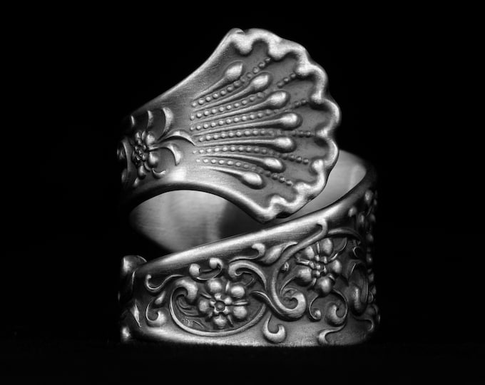 """Forget Me Not Flower Ring, Wide Sterling Silver Spoon Ring, Antique Whiting Silver """"Hyperion"""" ca 1888, Gift for Her, Adjustable Size (7965)"""