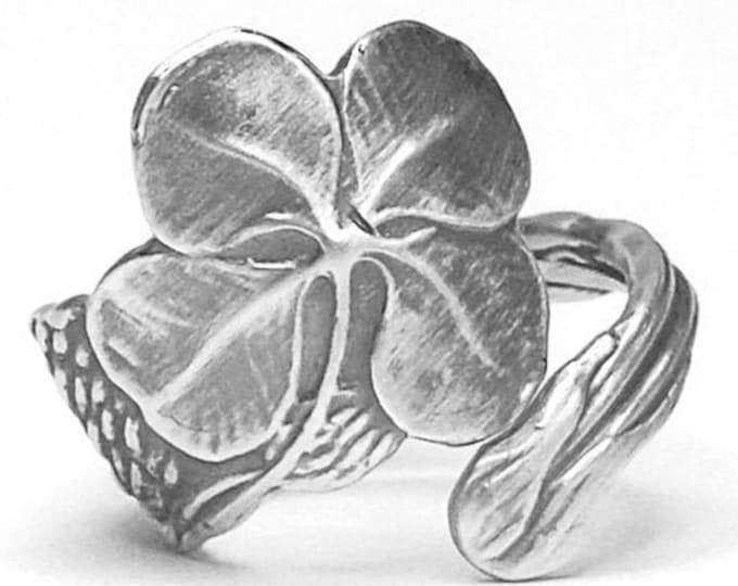 Four Leaf Clover with Bee Ring, Sterling Silver Spoon Ring, Lucky Ring, Shamrock & Bee Ring, 4 Leaf Clover Ring, Adjustable Ring Size (5604)