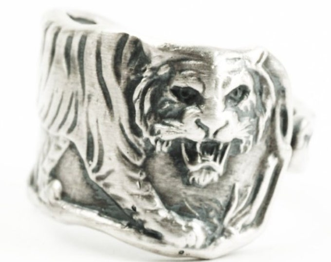 Tiger Ring, Sterling Silver Spoon Ring, Size 5.75 Five and 3/4, Asian Tiger, Big Cats, Paye & Baker Silver Tiger Spoon, Wild Animal (7308)