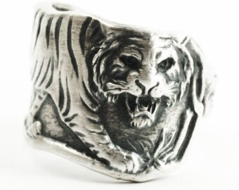 Tiger Ring, Sterling Silver Spoon Ring, Size 5.5 Five in a Half, Asian Tiger, Big Cats, Paye & Baker Silver Tiger Spoon, Wild Animal (7307)