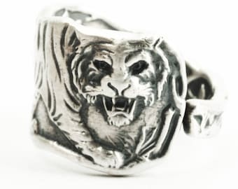 Tiger Ring, Sterling Silver Spoon Ring, Size 6.5 Six in a Half, Asian Tiger, Big Cats, Paye & Baker Silver Tiger Spoon, Wild Animal (7306)