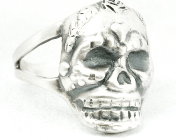 Skull Ring, Sterling Silver Day of the Dead Ring, Gothic Sugar Skull Ring, Skull and Rose Ring, Goth Ring, Ring Size 6.25, Size 7.5 (7103)