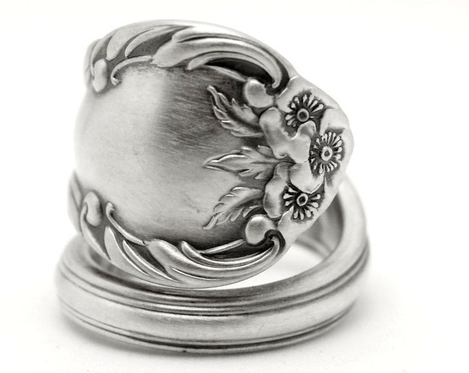Minimalist Wild Rose Ring, Sterling Silver Spoon Ring, Wild Rose 1948 International Silver Co, 5th Anniversary, Adjustable Ring Size (7795)
