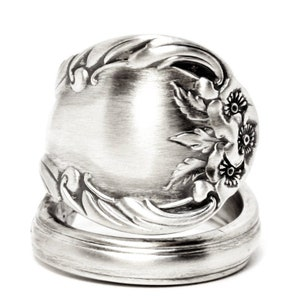THE TWISTED ROSE-Handmade vintage spoon ring sa