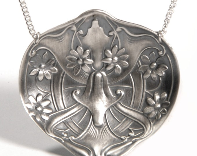 """Lovely Art Nouveau Daisy Flower Spoon Bowl Pendant in Sterling Silver, Daisy Spoon Necklace with 18"""" 925 Chain, Unique Gift for Mom (P7662)"""