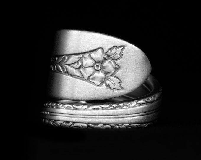 """Floral Victorian Ring, Sterling Silver Spoon Ring, Minimalist Ring, Vintage """"Margaret Rose"""" by National Silver 1938, Adjustable Size (7972)"""