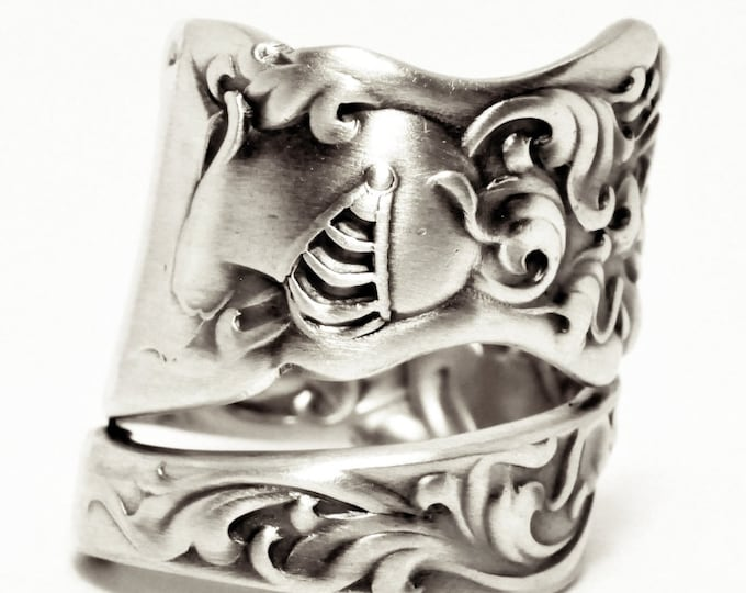 Heraldic KnightRing, Sterling Silver Spoon Ring, Shining Armor, Baroque Ring, Whiting Silver 1880, Handmade Ring, Adjustable Ring Size, 7563