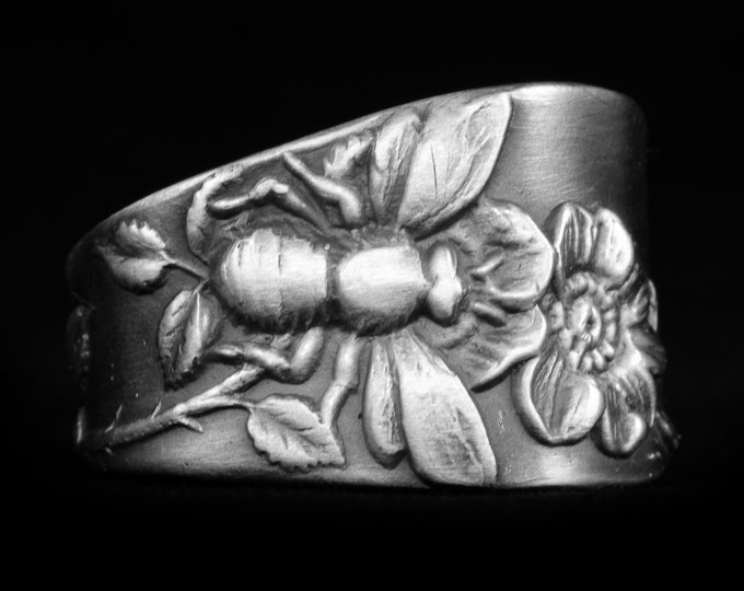 Bee Ring in Sterling Silver, Size 7 Spoon Ring, Insect Ring, Bee Lover Gift, Wild Rose Ring, Bug Jewelry, Gardener Gift, Size Seven (7941)