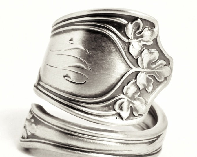 Sterling Silver Leaf Ring, Antique Gorham Spoon Ring, Vine Leaves ca 1912, Botanical Ring, Engraved W, Mono W, Adjustable Ring Size (7535)