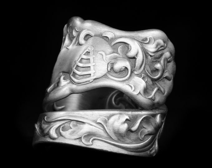 Heraldic Knight Sterling Silver Spoon Ring, Baroque Knight in Shining Armor, Whiting Silver 1880, Handmade Ring, Adjustable Ring Size (7946)